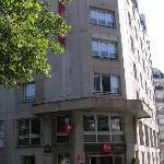 ENTREE DE L'HOTEL