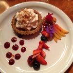 Lemon tart dessert