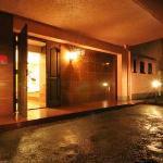 Hotel We Palace