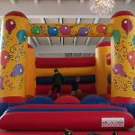 Jumpy house for the kids
