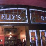Photo de Kelly's Bar- Steak & Seafood House