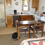 Wood Lily kitchen