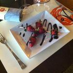 brochette de fraise au chocolat suisse ...un magnifique dessert du jour