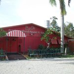 Front entrance to Red's