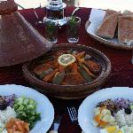 Cafe fatima restaurant in merzouga (hassilabied)