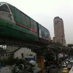 The monorail passing through Chow Kit.