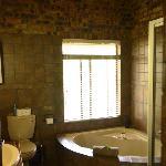 Bathroom with Spa-style Tub
