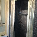Spectacular shower !