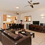 Photo de Cairns City Apartments