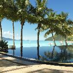 Beach Club Infinity Pool