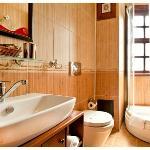 esans hotel room bath