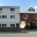 Days Inn (Front entrance)