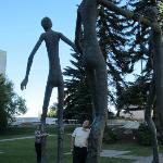 Otra vista de las estatuas
