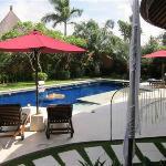 3 Bedroom villa poolside