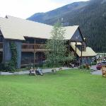 Kicking horse Lodge - front view