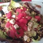 insalata anguria,pinoli,feta e menta