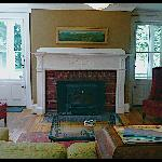 Living room @ Snapdragon Inn