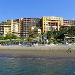 Hotel vom Meer gesehen