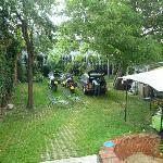 Parcheggio e giardino interni