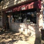 D'Canela on Main Street in Amagansett - Go for breakfast, lunch or dinner!