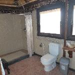 Spacieuse salle-de-bains