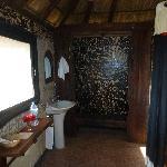 Salle-de-bains propre et spacieuse...