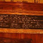 La lavagna del pub. The pub blackboard