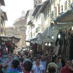 San Lorenzo leather market