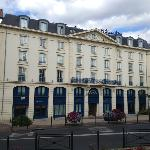 The grand frontage of Le Grand Hotel