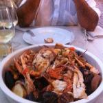 zuppa di pesce e crostacei