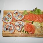 Un cuore di Uramaki e una rosa di sashimi