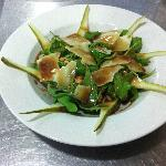 Rocket Salad with Conference Pear, Sliced Parmeggiano, Dry SunFlower Seeds & Honey Balsamic Dres