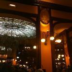 Erdgeschoss des Restaurants