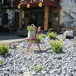 Steingarten mit Deko. Gefällt uns sehr gut