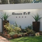 Entrance from River Rd., Rivonia