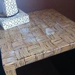 la table de nuit de la chambre Deluxe