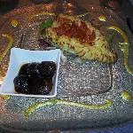 Orata in crosta di patate e pomodorini