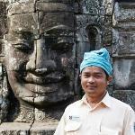 Chhaya (George) tour guide