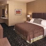 64 Room Hotel