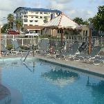 AWWWWW! Refreshing pool.