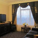 Fairmont Grand Kyiv April 2012  Living Quarters