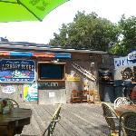 Foto Blue Gator Tiki Bar & Restaurant