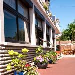 Pavillon Bleu Hotel Restaurant Photo