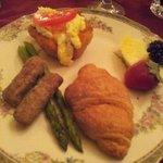 Breakfast - Uninspiring and Minimal