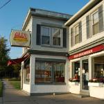 Gill's Delicatessen