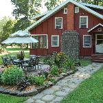 Cabin rentals for 1 to 10 guests at Wellnesste Lodge in Taberg, NY