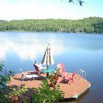 La lecture sur la quai avec cette vue, la vie est belle :)