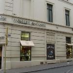 """""""Papeterie Anglaise"""" in Avenue Louise"""