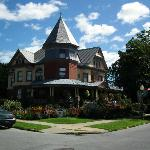 Union Gables B & B