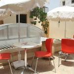 La terrasse de café restaurant Le 44